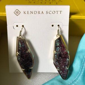 Kendra Scott Drop Earrings!